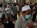 salat-jumat-berjemaah-di-masjid-saat-pandemi-covid-19.jpg