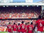 sambutan-pemain-manchester-united-ke-suporter.jpg