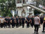 sejumlah-personel-kepolisian-melakukan-apel-jelang-aksi-unjuk-rasa-di-depan-gedung-kpk.jpg