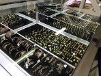 toko-emas-pulau-indah-di-pasar-lama-serang-2.jpg