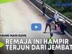 video-remaja-perempuan-hampir-terjun-dari-jembatan-gara-gara-dilarang-main-game.jpg