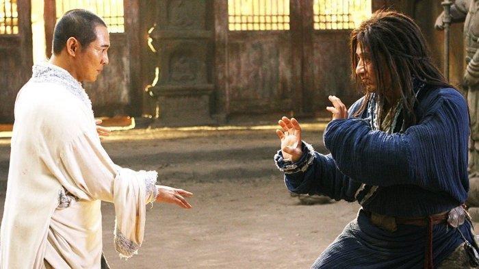 Jadwal Acara TV Hari Ini, Minggu 9 Agustus 2020. Ada The Forbidden Kingdom, Jackie Chan dan Jet Li