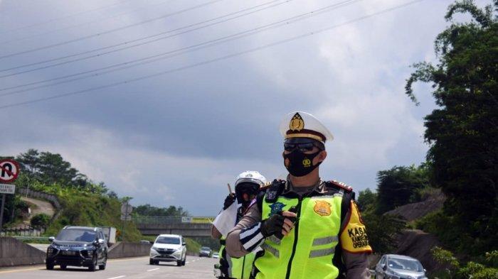 Lihat Ada Pengendara yang Melanggar di Kabupaten Semarang, Polisi Boleh Rekam Gunakan Handphone