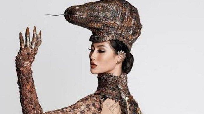 Bawakan Kostum Bertema Komodo, Ayuma Berebut Gelar National Costumber di Ajang Miss Universe 2020