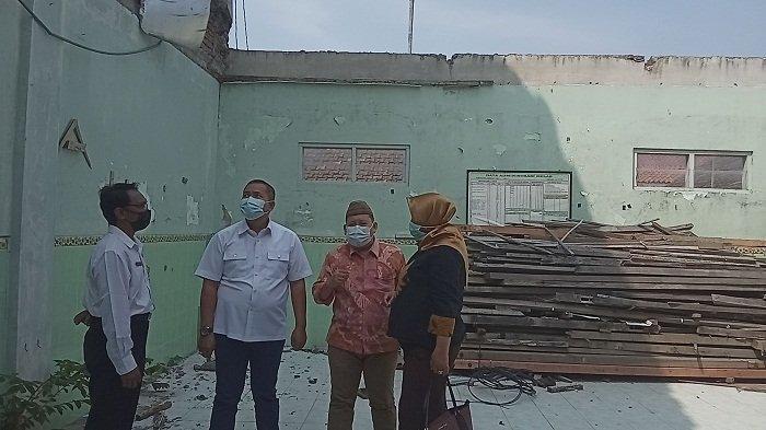 Prihatin Siswa Belajar di Musala, Ketua DPRD Kudus Janji Cari Dana Perbaikan SD 4 Prambatan Kidul