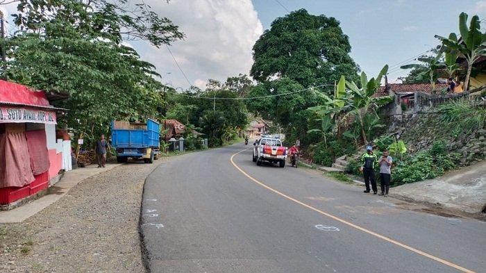 Motor vs Truk Tabrakan di Jalan Raya Wangon-Lumbir Banyumas, Pemotor dan Pembonceng Tewas