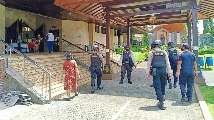 Pasca-bom Makassar, Polresta Banyumas Tingkatkan Penjagaan di Gereja dan Giatkan Patroli Bersenjata