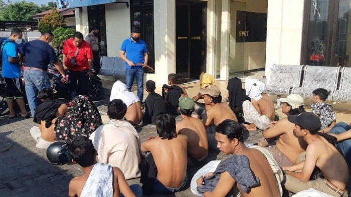 Tawuran Geng Pemuda asal Kendal dan Semarang di Flyover Pelabuhan Tanjung Emas, 6 Orang Terluka