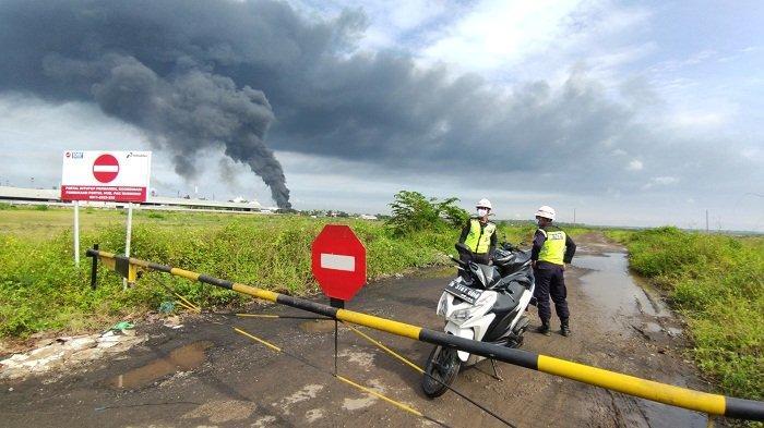 Air Sumur Warga Cigintung Cilacap Menghitam, Diduga Dampak Kebakaran Kilang Minyak Milik Pertamina