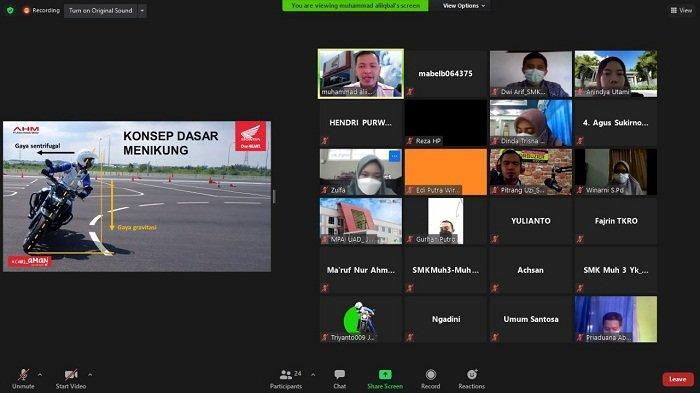 Gelar Kelas Safety Riding Virtual, Astra Motor Yogyakarta Ajak Siswa SMK 'Cari Aman' di Jalan Raya