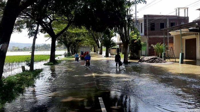 Pertama Sejak 1992, Banjir di Jalur Ambarawa-Banyubiru Kabupaten Semarang, Banyak Motor Mogok