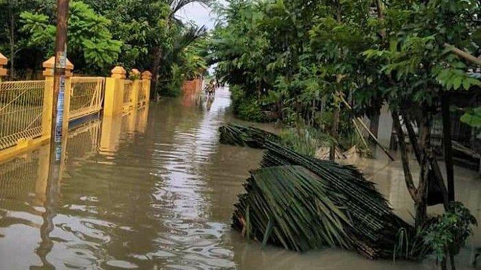 Banjir Genangi Tiga Kecamatan di Pemalang, Warga: Air Masuk Sejak Selasa Petang