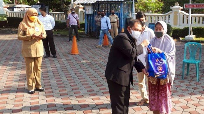 Presiden Jokowi Kirim Tiga Ribu Paket Beras, Buat Warga Terdampak di Kabupaten Semarang