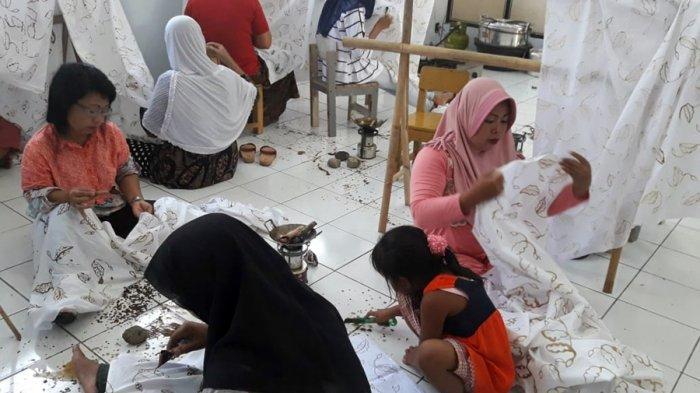 Yuk Tengok Perjalanan Industri Batik Tulis Gumelem Banjarnegara, Begini Ceritanya