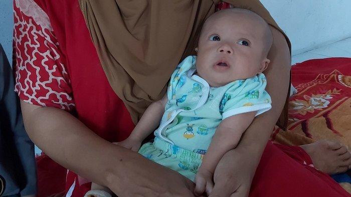 Butuh Bantuan, Bayi Maulana asal Coprayan Pekalongan Tak Miliki Anus dan Harus Jalani Operasi