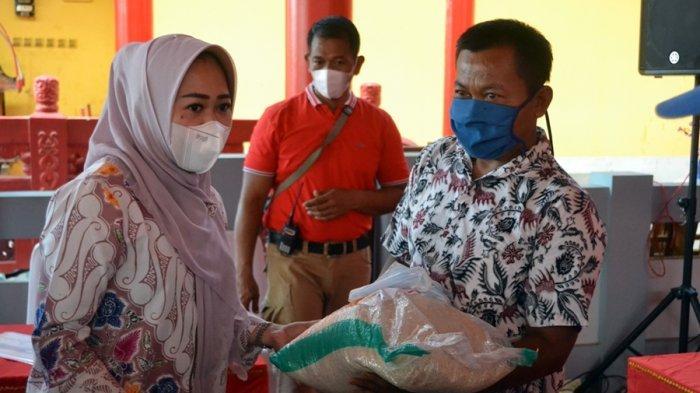 Panitia Imlek Nasional Salurkan 40 Ton Beras di Purbalingga, Buat Warga Terdampak Covid-19