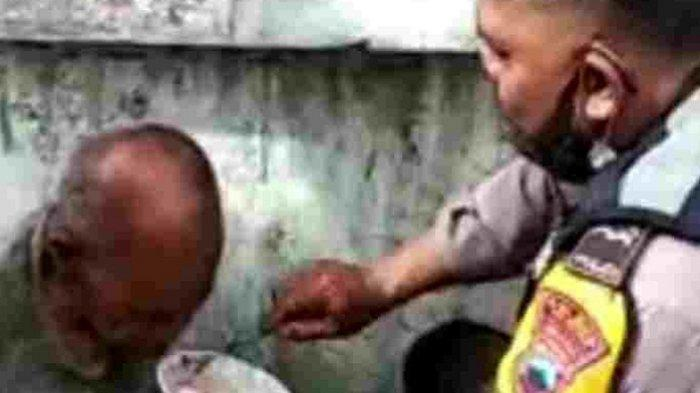 Ada Tunawisma Kelaparan, Bhabinkamtibmas di Salatiga Telaten Suapi sebelum Bawa ke Rumah Singgah