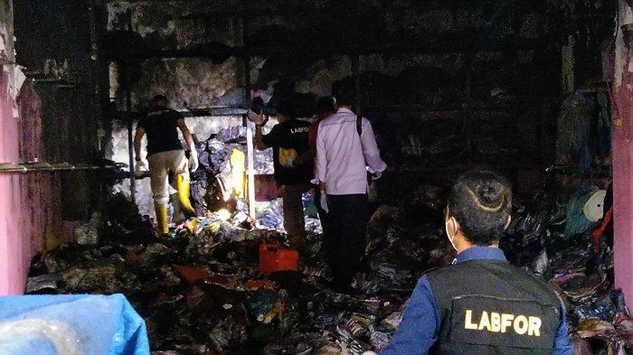 Sebagian Dagangan Berhasil Diselamatkan dari Kebakaran Pasar Kliwon Kudus, Pedagang: Akan Diobral