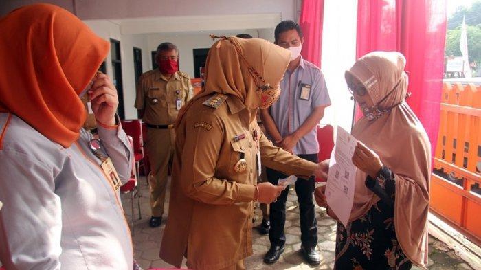 BST Kemensos Mulai Dibagikan di Purbalingga, Melalui PT Pos Indonesia dan Bank Himbara