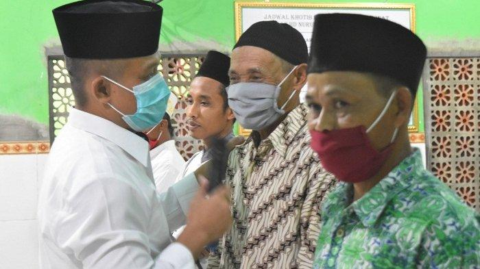Hafal Pancasila dan Lir Ilir, 10 Jemaah Tarawih di Pengaringan Kebumen dapat Hadiah Uang dari Bupati