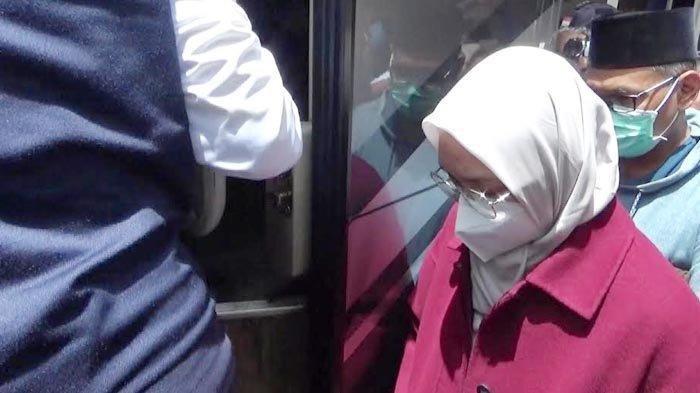 5 Camat dan 3 ASN Turut Diamankan KPK di OTT Bupati Probolinggo Puput Tantriana dan Hasan Aminuddin