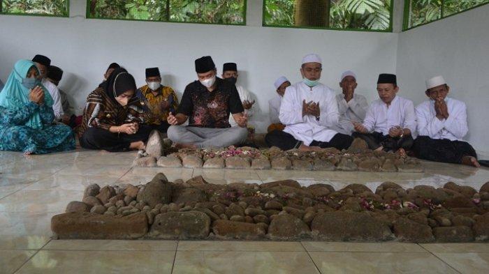 Jelang Ramadan, Bupati dan Ulama Ponpes di Purbalingga Ziarah Makam Leluhur. Ini Tujuannya