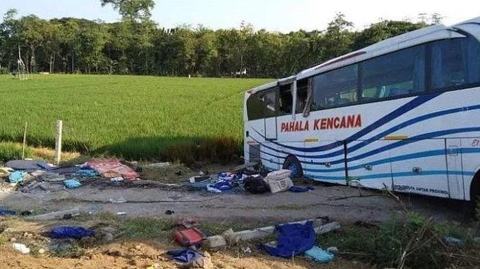 Bus Pahala Kencana Terguling di Tol Pemalang Km 306 Jalur A, Sopir Diduga Terpengaruh Alkohol