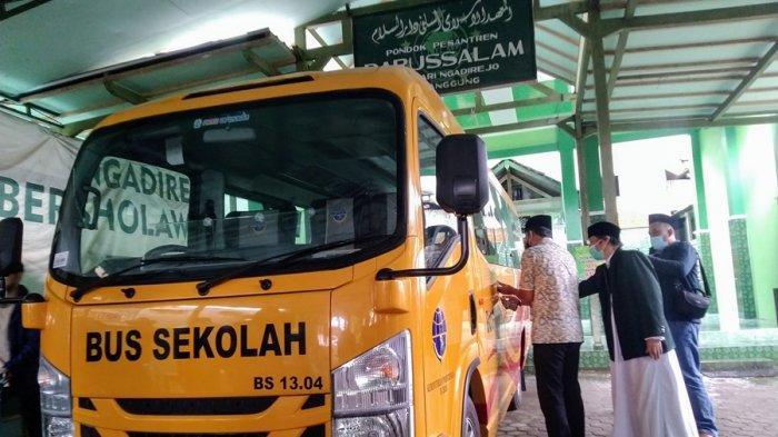 Ponpes Darussalam Temanggung Kejatah Satu Bus Sekolah Bantuan Kemenhub, Ini Tujuannya