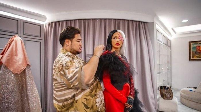 Ivan Gunawan Cuma Diberi Waktu Dua Pekan, Bikin Kostum Karakter Cruella, Film Terbaru Disney