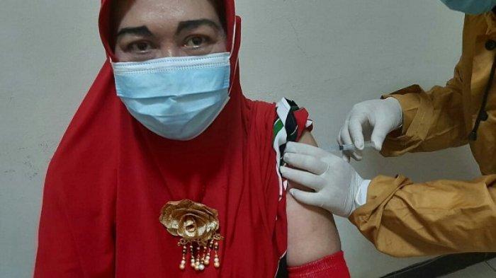 67 Calon Jemaah Haji 2020 di Slawi Tegal Terima Vaksin Covid-19, Berharap Bisa Berhaji Tahun Ini