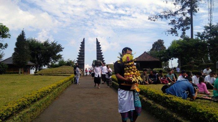 Candi Cetho Karanganyar Sudah Dibuka Lagi, Sementara Hanya Terima Wisatawan Asal Jateng-DIY