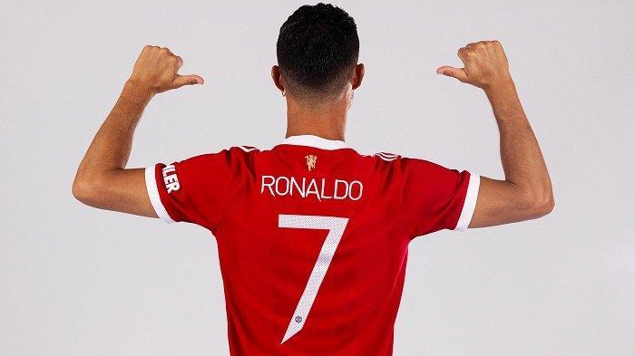 Edinson Cavani Ngalah, Cristiano Ronaldo Kembali Pakai Nomor Punggung 7 di Manchester United