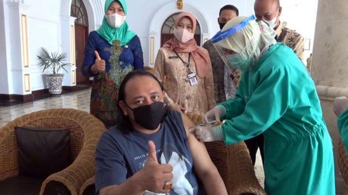 Akhirnya Wali Kota Tegal Disuntik Vaksin, Tertunda Akibat Gula Darah Tinggi