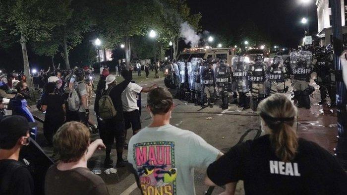 Demo Antirasialis di AS Kembali Pecah setelah Polisi Tembak 7 Kali Punggung Pria Afro Amerika
