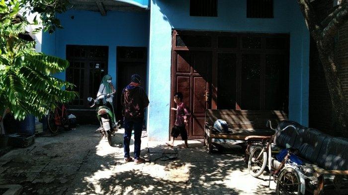 Densus 88 Geledah Rumah Terduga Teroris di Kudus: Bawa HP dan Buku