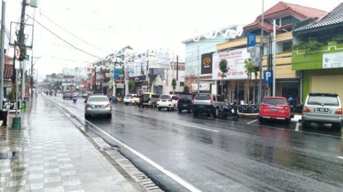 Siap-siap, Mobil Parkir di Sisi Utara City Walk Kudus Bakal Digembok
