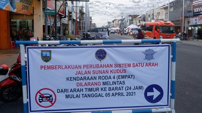 Ingat! Lalu Lintas Jalan Sunan Kudus Kini Berlaku Searah untuk Mobil, Berlaku dari Timur ke Barat