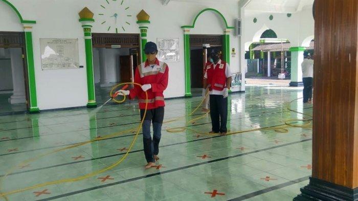 Silakan Hubungi PMI Kendal, Penyemprotan Disinfektan Tempat Ibadah Selama Ramadan
