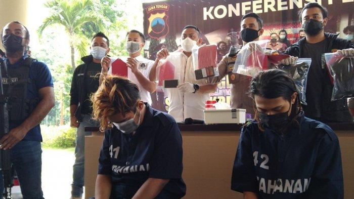 Ditembak di Kaki, Pembunuh Pemandu Lagu di Pusponjolo Semarang Tertangkap. Sempat Kabur ke Grobogan