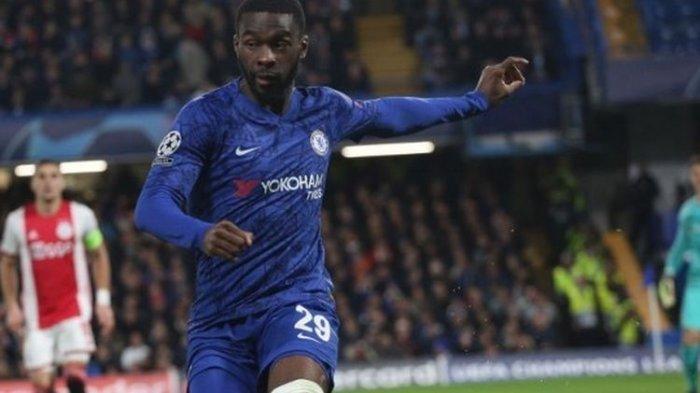 Bek Muda Chelsea Ini Resmi Berlabuh di AC Milan, Fikayo Tomori Berstatus Pinjaman Selama Semusim