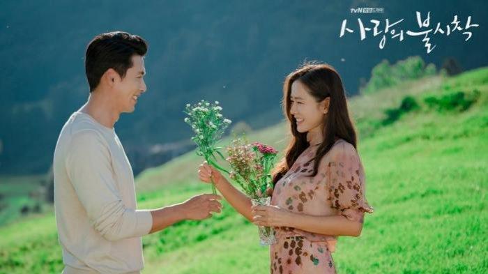 Selamat, Hyun Bin dan Son Ye Jin Pacaran