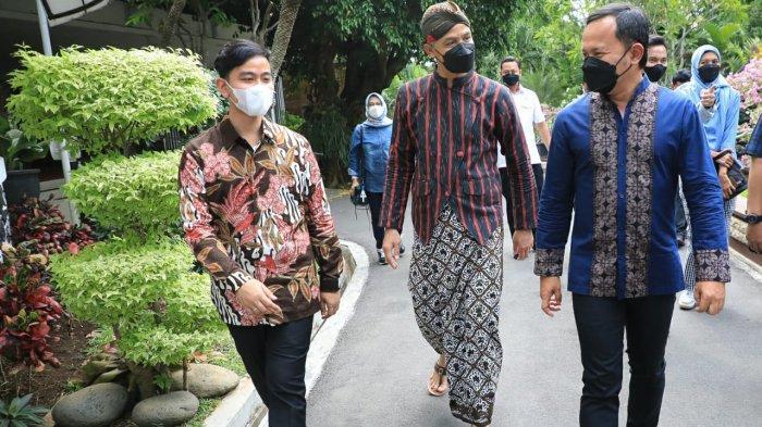 Dua Kepala Daerah Hebat Kunjungi Ganjar, Gibran dan Bima Arya, Makan Siangnya Masakan Padang