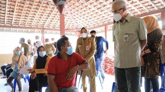Pegawai SPBU Hingga Perangkat Desa Dapat BST Kemensos, Gubernur Ganjar: Terjadi di Grobogan