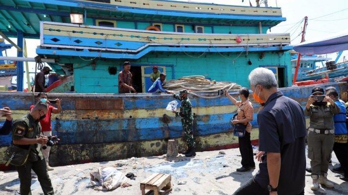 Ganjar Gregetan Dengar Jawaban Nelayan di Kota Tegal: Banyak yang Belum Paham Hasil Tes Antigen
