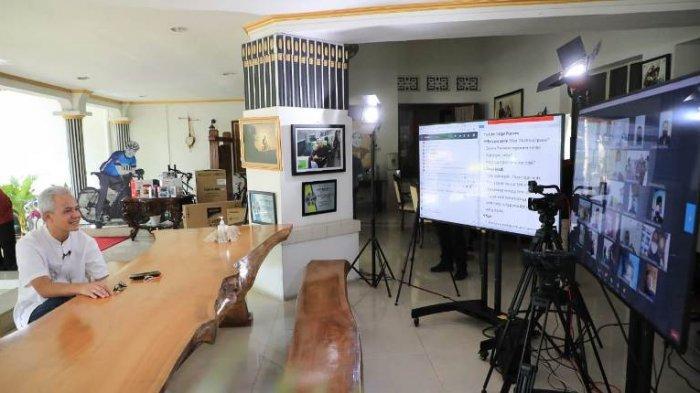 Buruh di Purbalingga Curhat Disambut Tawa Ganjar Pranowo: Bose Ganteng Pisan