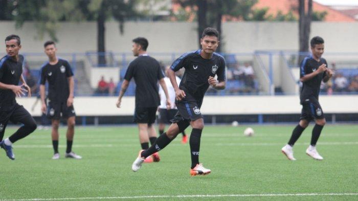 Nasib Fandi Eko Utomo Belum Jelas di PSIS Semarang, Imbas Liga 1 2020 Disetop