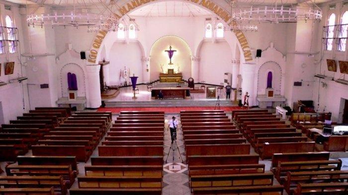 Hindari Tetesan Liur Terbang, Jemaat Gereja di Sini Dilarang Bernyanyi saat Kebaktian