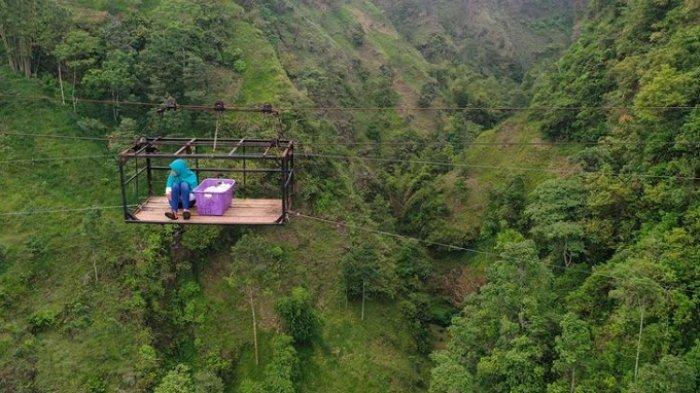 Girpasang Klaten Mulai Undang Wisatawan: Disediakan Gondola, Seberangi Jurang sedalam 150 Meter