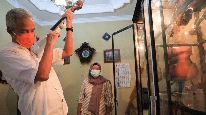 Kunjungi Mbah Min, Pengrajin Biola asal Kudus, Gubernur Ganjar: Ini Karya Keren!