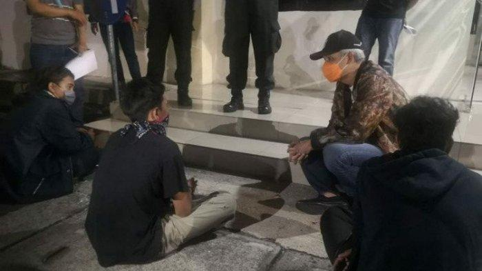 Didatangi Ganjar di Mapolrestabes Semarang, Buruh Ini Mengaku Takut Tak Dapat Pesangon saat Di-PHK